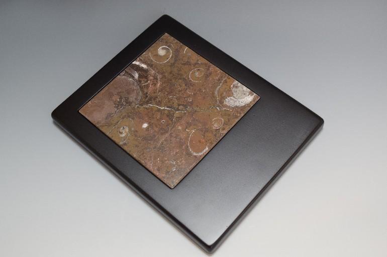 /data/project/160/大理石入り木製マウスパッド.jpg